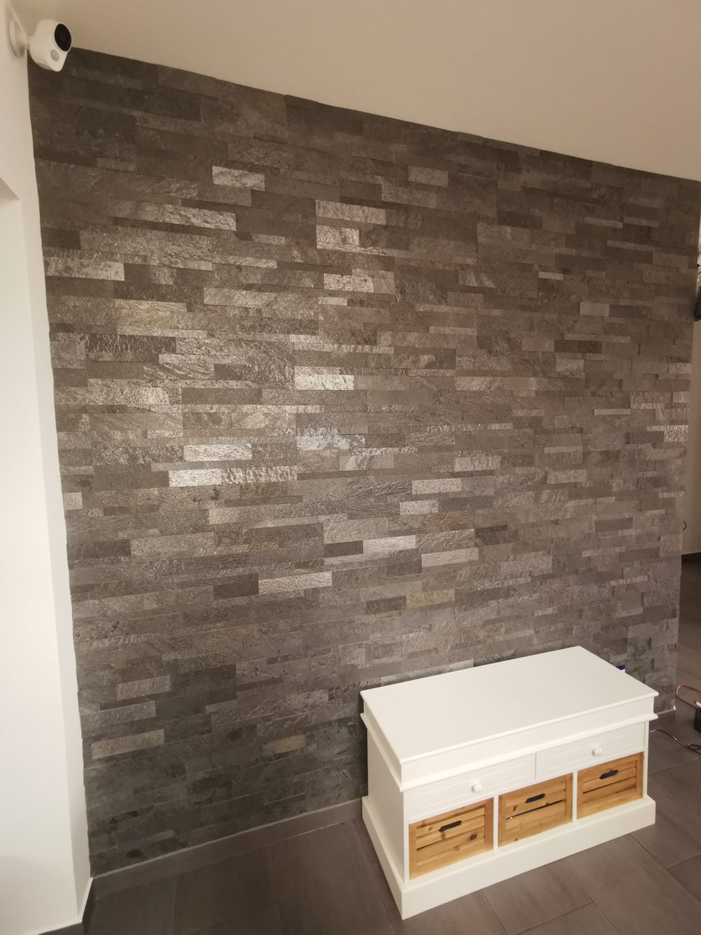 Schieferfurnier Dünnschiefer Naturstein Wandverkleidung Steinplatten 3D Paneele Wandsteine selbstklebend anthrazit grau schwarz